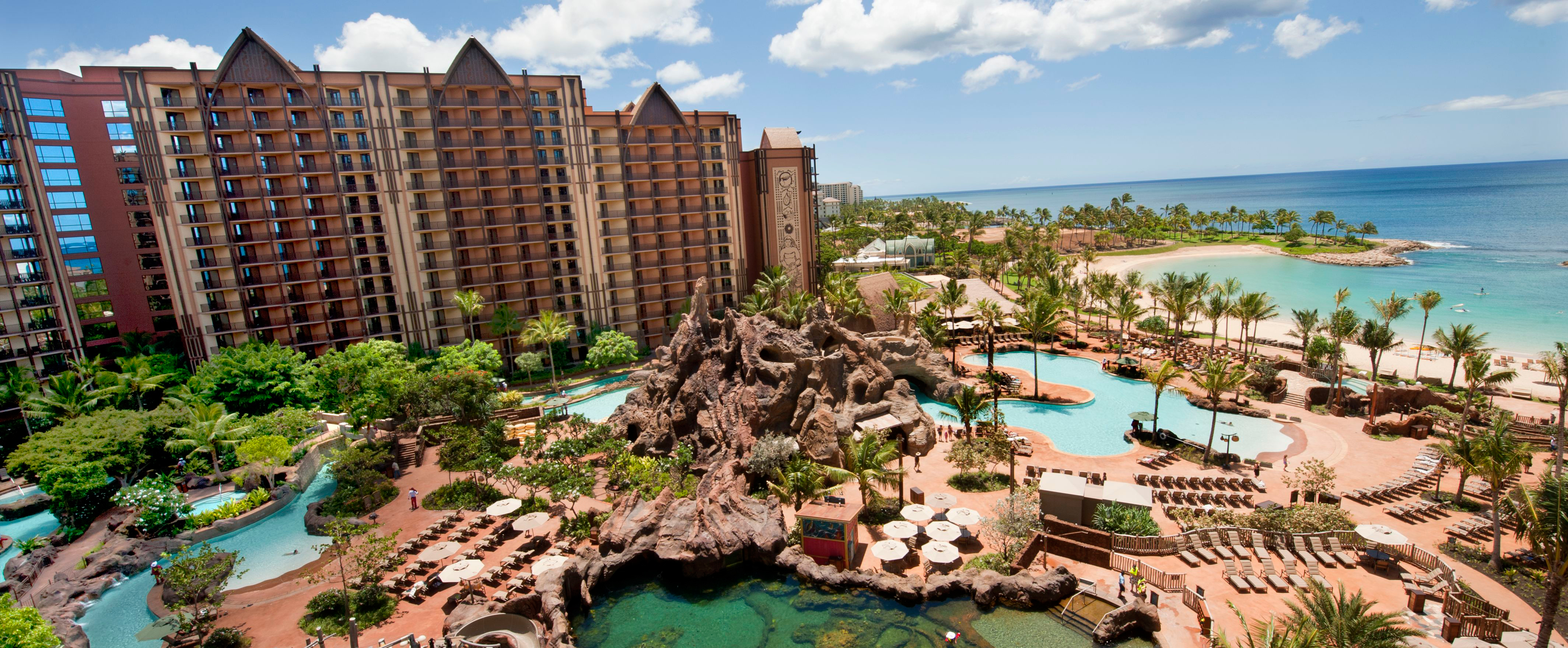 aulani-resort-exterior-and-pool-area